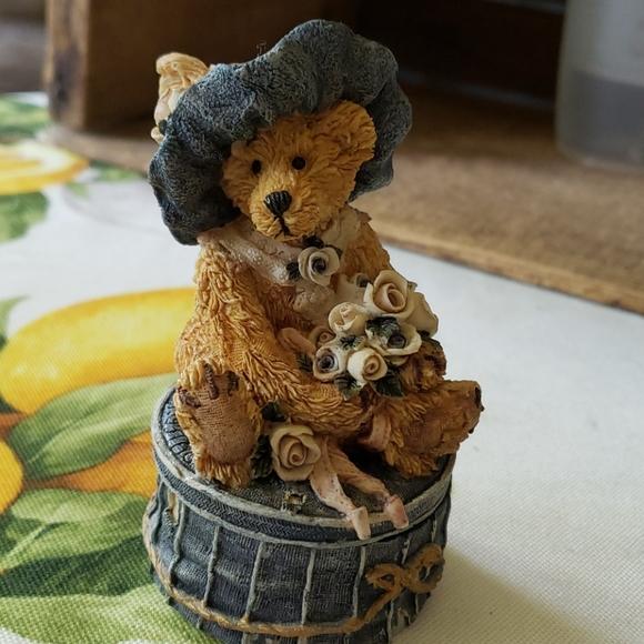 Boyds Bears   Victorian Trinket Box